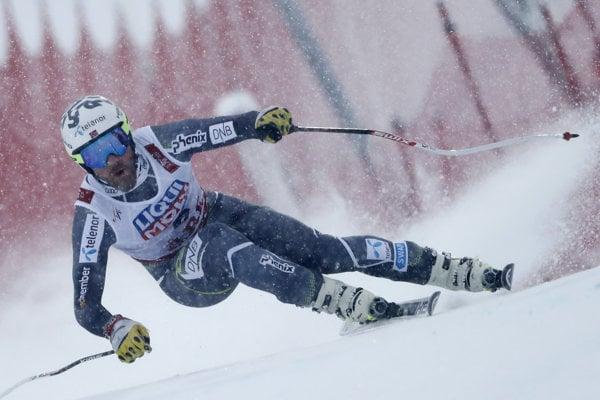 Nórsky lyžiar Kjetil Jansrud počas zjazdu na majstrovstvách sveta v Are.