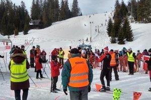 Na účastníkov olympiády dozerali členovia HZS.