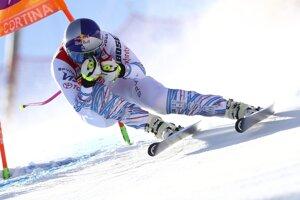 Americká lyžiarka Lindsey Vonnová na trati v zjazde žien Svetového pohára v alpskom lyžovaní v talianskom stredisku Cortina d'Ampezzo v januári 2019.