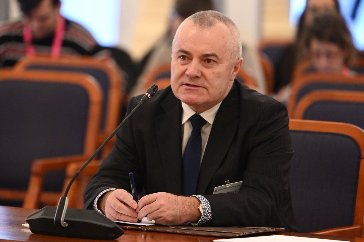 60d4f3dbd5 Karol Kovács - kandidát na Ústavný súd (profil) - SME