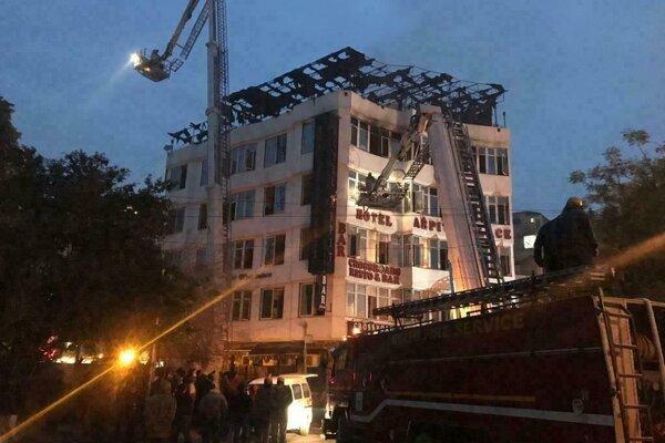 Hotel Arpit Palace, v ktorom pri požiari zahynulo 17 ľudí.