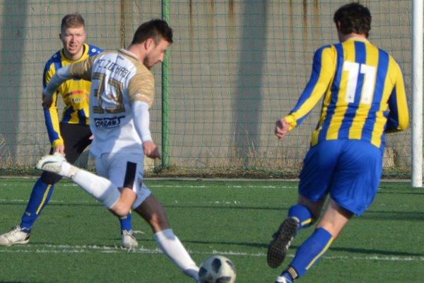Žochári strelili Práznovciam osem gólov.