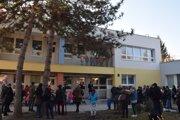 Slávnostné otvorenie škôlky na Štúrovej ulici vo Fiľakove.