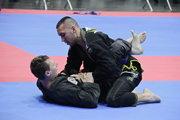 Filip Kádár sa úspešne venuje kempo karate.