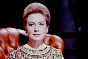 Deborah Kerr, herečka škótskeho pôvodu, počas svojho života získala šesť nominácií za nasledovné filmy: Edward, môj syn (1949), Odtiaľto až na večnosť (1953), Kráľ a ja (1956), To vie len Boh, pán Allisone (1957), Oddelené stoly (1958) a Pútnici za slnkom (1960). Zomrela v roku 2007 bez jediného ocenenia za herecký výkon. V roku 1994 jej však Akadémia udelila Academy Honorary Award za celoživotné dielo.