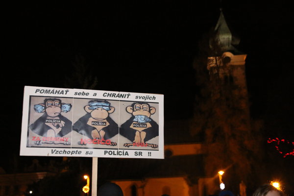 Liptáci sa opäť stretli na Námestí osloboditeľov v Liptovskom Mikuláši a v Parku Š.N.Hýroša v Ružomberku.