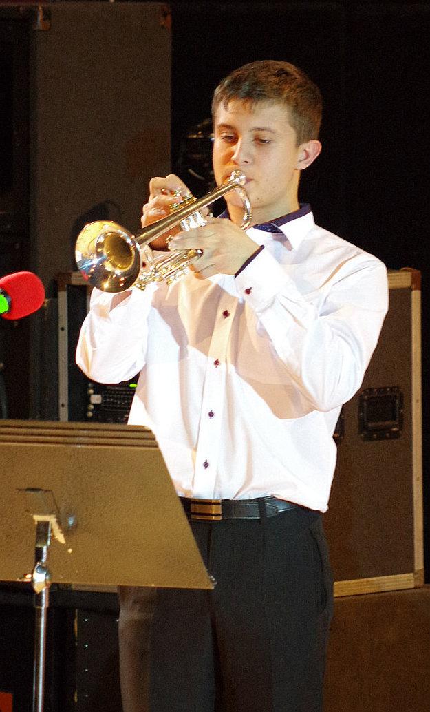 Sólo na trúbku zahral Adam Lagíň