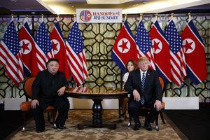 Severokórejský vodca Kim Čong-un a americký prezident Donald Trump.