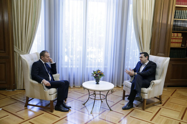 Donald Tusk na stretnutí s gréckym premiérom Alexisom Tsiprasom.