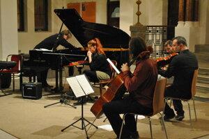 Zoskupenie si po rokoch spolu opäť zahralo v nitrianskej synagóge.