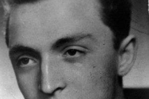 Rudolf Dobiáš v roku 1953. Fotka z maturitného tablo.