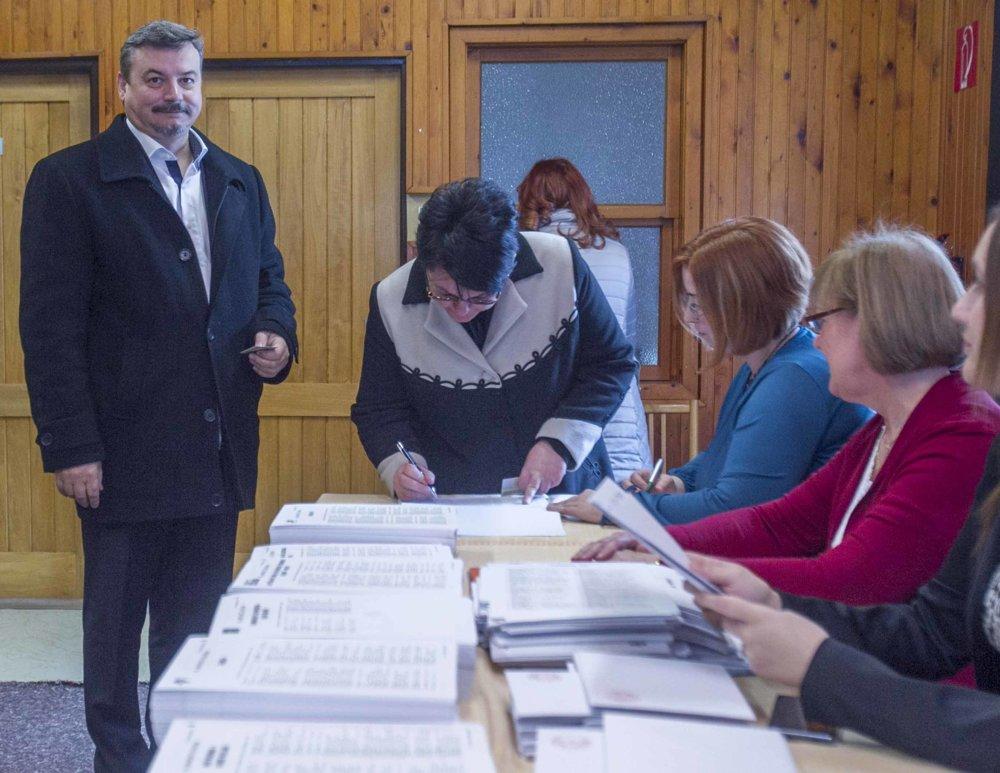 Predseda SMK Berényi hlasoval v Dolných Saliboch.