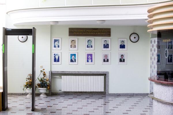 Galéria bývalých policajných prezidentov.