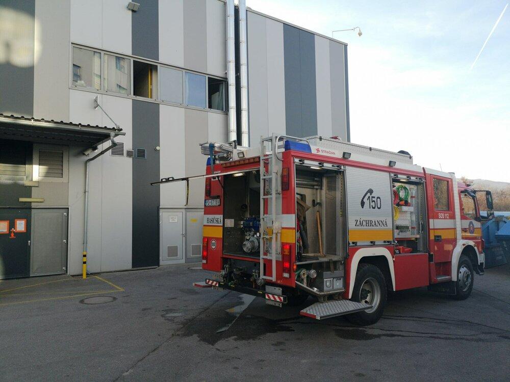 Známe obchodné centrum v Prievidzi museli evakuovať f5a4790aa6d
