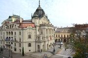 Okolie Štátneho divadla by sa mohlo zmeniť na Chodník slávy. Aj s týmto ráta nová koncepcia centra Košíc, ktorú môže verejnosť pripomienkovať.