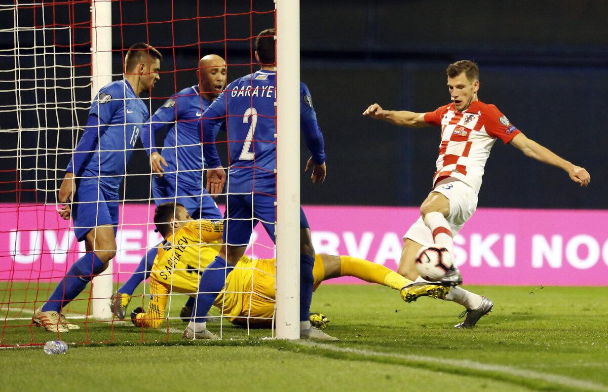 b799c9cd59e53 Momentka zo zápasu Chorvátsko - Azerbajdžan v kvalifikácii o postup na ME  vo futbale 2020.