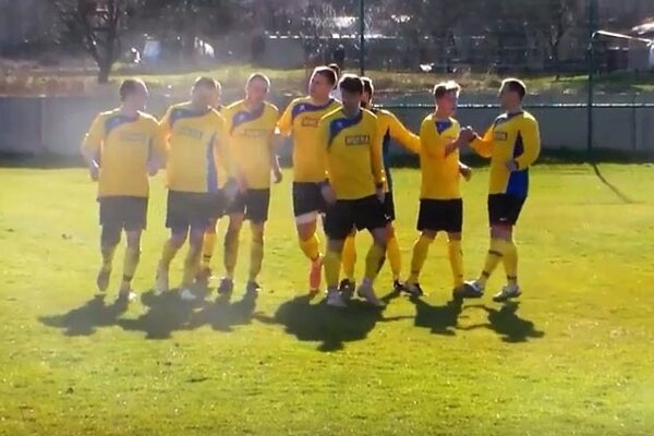 Futbalisti Nevidzian sa tešili z piatich gólov v sieti V. Zálužia.