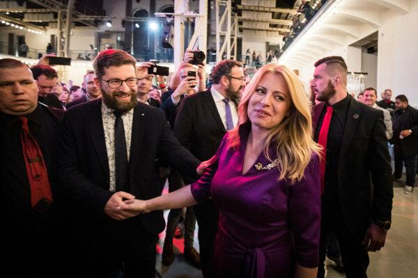 Budúca prezidentka Slovenskej republiky Zuzana Čaputová s partnerom počas volebnej noci.
