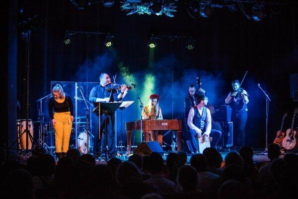 Koncert Rusín Čendeš Orchestra bude v sobotu v Kulturparku.