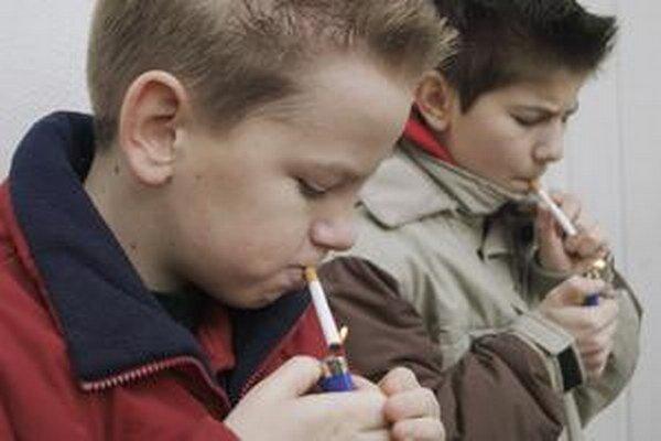 V niektorých školách sa počet vymeškaných a neospravedlnených hodín dá rátať na tisíce.