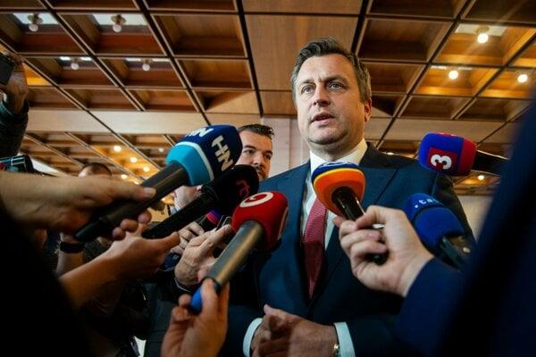 Andrej Danko pred rokovaním koaličnej rady.