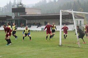 Na mužský futbal sa v Lokci už túto sezónu nepôjde.