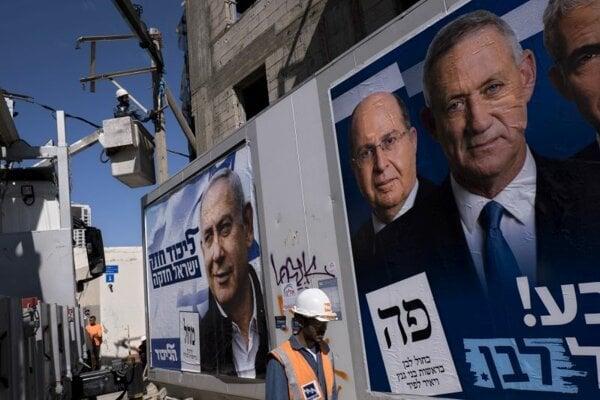 Predvolebné bilbordy v Tel Avive.