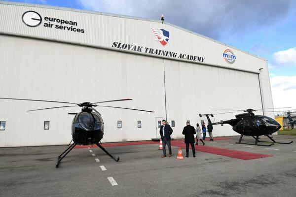 Školiace stredisko pilotov vrtuľníkov na košickom letisku.