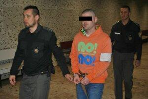 Maroš na súde, bude rozhodovať o pokračovaní väzby.