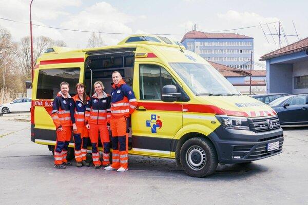 Tím záchranárov v Brezne.