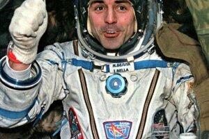 Prvý slovenský kozmonaut Ivan Bella sa do vesmíru dostal na lodi Sojuz TM-29, ktorá odštartovala 20. februára 1999. Na stanici Mir strávil takmer osem dní.