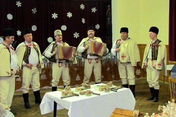 Folklórny súbor Vepor.