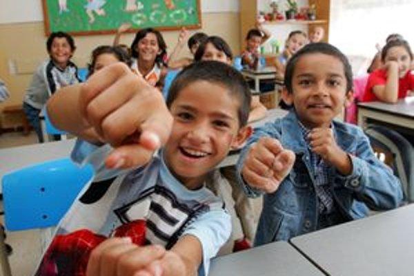 Počet detí v Základnej škole na Dúžavskej ceste v Rimavskej Sobote sa každým rokom zvyšuje, teraz ju navštevuje 117 žiakov.