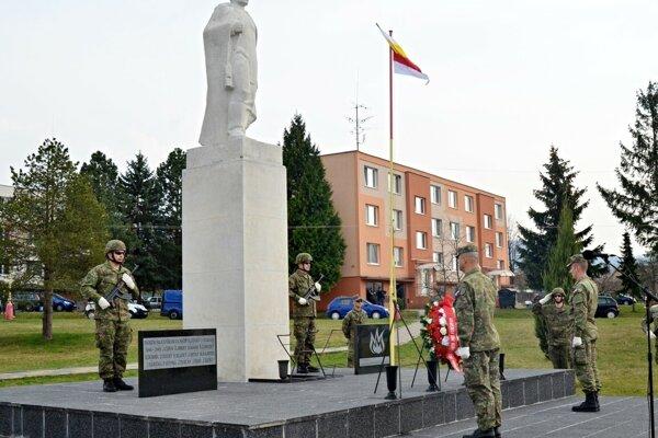 Spomienka vLehote pod Vtáčnikom.