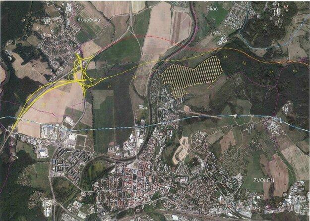 """Prerušovaná žltá čiara znázorňuje """"novú"""" trasu, hnedá nad ňou (resp. červená) pôvodný variant. Žltou farbou je vyšrafovaná plocha Arboréta Borová hora. Pre zväčšenie na mapu kliknite."""