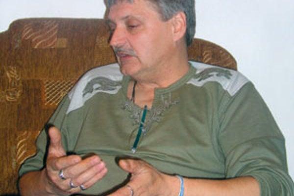 Prírodnú liečbu študoval Ladislav Laurinc ako samouk viac ako dvadsať rokov.