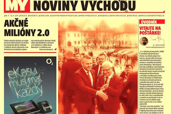 Premiérova podaná vládna ruka akčného plánu a spokojný primátor Bardejova pred minulotýždňovým výjazdovým rokovaním vlády na Radničnom námestí v Bardejove. (FOTO: MARIO HUDÁK)