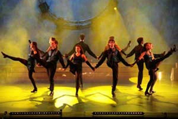 Legendárna írska skupina Irish Dance Experience si pre divákov pripravila predstavenie nabité značnou dávkou extravagancie.