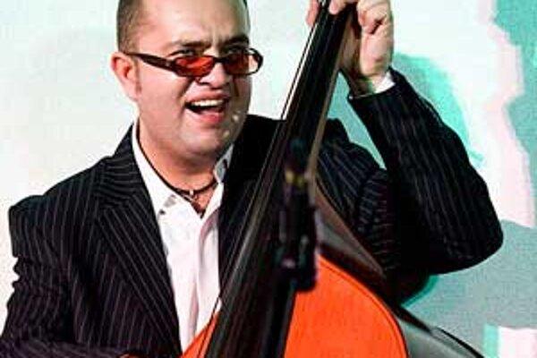 Lučenčan so svojou skupinou hrá akustický džezový projekt v modernej interpretácii.