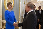 Vladimir Putin sa stretol s estónskou hlavou štátu Kersti Kaljulaidovou.
