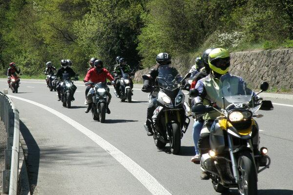 Motorkári absolvovali výjazd z Handlovej do Prievidze a späť.