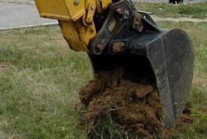 Začnú v Koši, Sebedraži a Cigli pracovať stavebné mechanizmy od 30. novembra 2015?