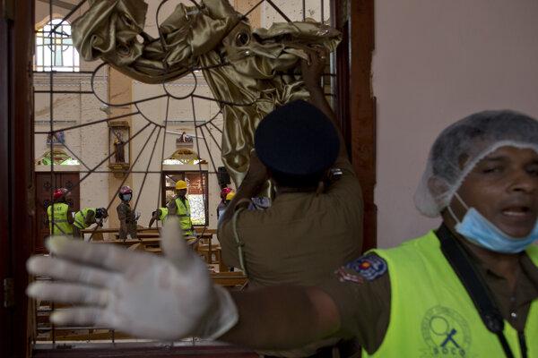 Srí Lanku počas víkendu zasiahli teroristické útoky.