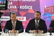 Zľava: Prezident Slovenského zväzu ľadového hokeja (SZĽH) Martin Kohút a primátor mesta Bratislava Matúš Vallo počas tlačovej konferencie Organizačného výboru IIHF majstrovstiev sveta (MS) v ľadovom hokeji 2019 v súvislosti so spoluprácou a prípravou miest Bratislava a Košice na MS 2019.