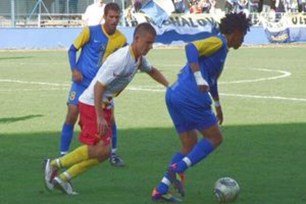 Futbalisti LAFC zaznamenali v dueli s Michalovcami zaslúžené víťazstvo.