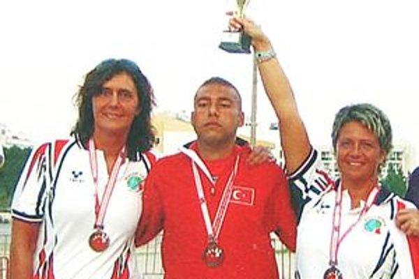 Slovenky si spolu s tureckým bočistom vybojovali pohár s leskom bronzu.
