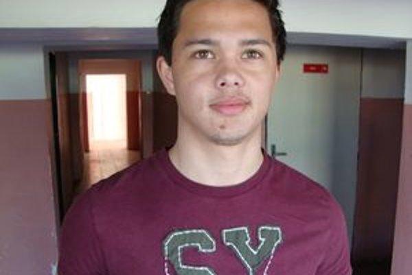 Emil Le Giang v priebehu jari absolvoval aj skúšku vo Vietname.
