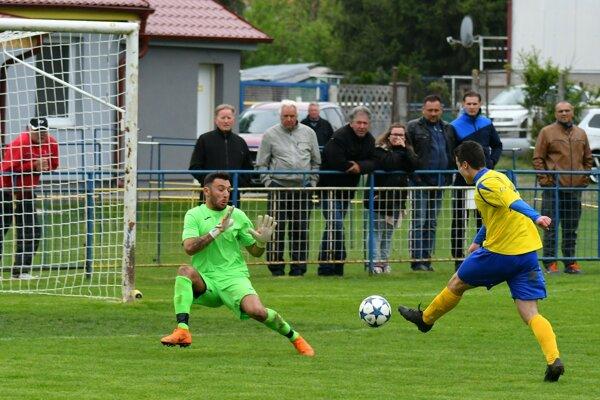 Horné Obdokovce v nedeľnom stretnutí zaznamenali štyri góly.