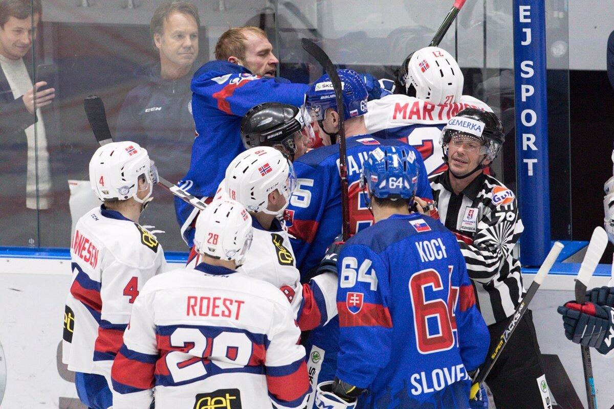 6a644cf63d22f Momentka zo zápasu Slovensko - Nórsko v príprave na MS v hokeji 2019.