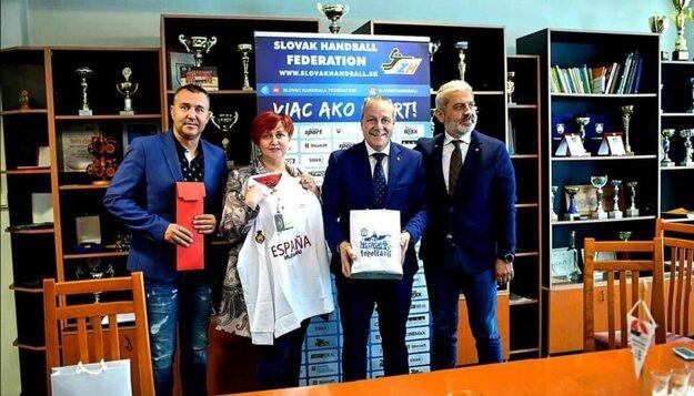 Zľava: Juraj Želiska, Alexandra Gieciová, Francisco Vidal Blázquez García a Ernö Kelecsényi.